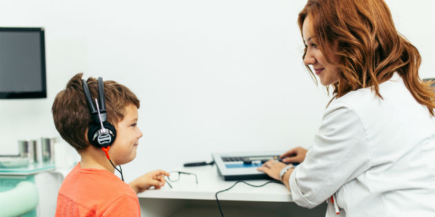 Audiologist and child